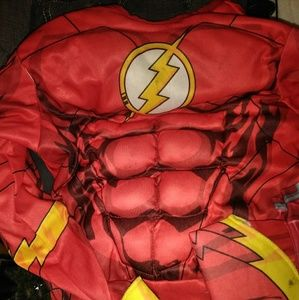 Lot of 3 costumes flash, captain am and iron man